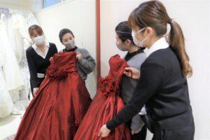 成人式振袖のドレス着換え